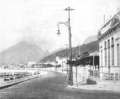 Av. Atlântica, no Leme - 1915 Na foto, vemos a Av. Atlântica em frente ao Bar da Brahma.