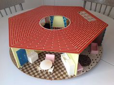 1960s Round Dollhouse Eagle Co. Canada With Forty Pieces Of Furniture…