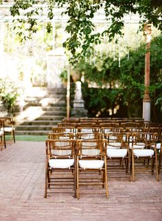 gold chairs at the ceremony