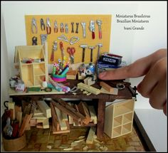 Table miniatures tools    building house miniatures  www.etsy.com/pt/shop/MiniaturaBrasileira