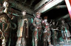 Ming Dynasty Buddhist sculpture at Great Wisdom Temple in the outskirts of Beijing   (photo source: Nan Cheng Lao Li)