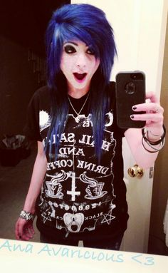I like her shirt... and her hair... and her. :3