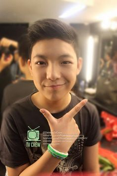 Adorable and the most handsome teen faces in the world. The #FamousBirthday Darren Espanto
