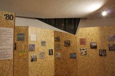 Risultati immagini per pannelli espositivi in legno