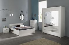 Schlafzimmer Linus X mit 160er Bett Die Auswahl der Farbe ist bei diesem Schlafzimmer - Programm reine Geschmackssache. Beide Farben, Kaffee oder Weiß, können sich problemlos jeder kreativen...