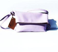 Violet Crossbody bag  www.arankabandula.com