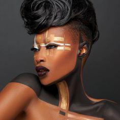 Metallic Negative Space✨ Makeup and 📸 Danessa Myricks Beauty 😊 Hai African Makeup, African Beauty, Afro Punk, Black Women Art, Beautiful Black Women, Tribal Face, Pelo Natural, Foto Art, Fantasy Makeup