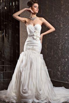 Chiffon schatz kapelle zug meerjungfrau hochzeitskleid mit kristall - Focus Vogue