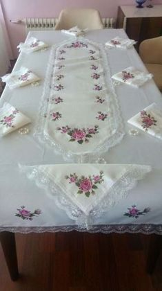 This post was discovered by Ce Embroidery Designs Free Download, Hand Embroidery Designs, Ribbon Embroidery, Cross Stitch Embroidery, Machine Embroidery, Kids Dress Patterns, Curtain Patterns, Crochet Tablecloth, Linen Tablecloth