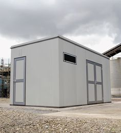 The Defender™ Steel Housing system is a cost-effective and versatile solution to the secure storage of equipment. Available in ten standard sizes, it features a clear ceiling height of 2.5m and can be supplied with or without flooring, enabling it to be craned over fixed equipment.