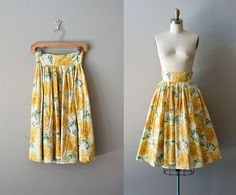 Love!! 1950s skirt / 50s circle skirt / Sunny Mums skirt by DearGolden, $64.00