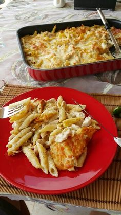 pasta with chicken mushrooms asparagus ans bechamel sauce