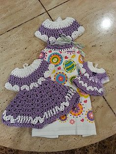 crochet easy beautiful dress towel topper set pattern by Helen Brady