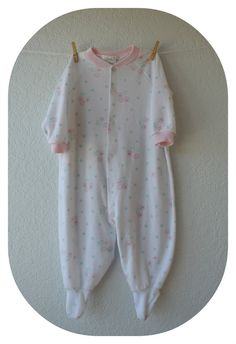 Vintage Baby Clothes  Pink & White Floral Sleeper  by NellsNiche, $8.00