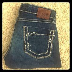 """💥1 HOUR SALE💥BKE Stella Skinny Great pair of BKE """"Stella Skinny"""". Size 25, 31 1/2"""" inseam. Great condition!! BKE Jeans Skinny"""