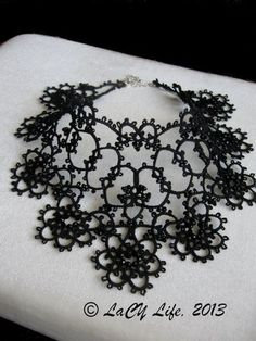 Black Tatted Lace Collar Necklace by LacyLife on Etsy Tatting Necklace, Tatting Jewelry, Lace Jewelry, Fabric Jewelry, Jewelry Crafts, Handmade Jewelry, Jewellery, Needle Tatting, Tatting Lace