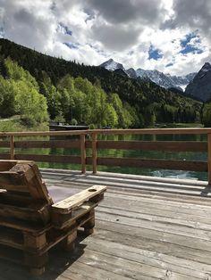 Chill out Zone Seeterrasse, Hochzeit, Instagram und Social Media, heiraten in Garmisch, Riessersee Hotel, Bayern, Berghochzeit, Natur, See, Mai