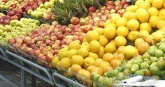 Ranska kielsi kauppoja heittämästä syömäkelpoisia ruokia roskiin – ensimmäisenä maailmassa Lain rikkomisesta voi seurata jopa 75 000 euron sakko tai vankeutta. Suuret ruokakaupat joutuvat tarjoamaan syötäväksi kelpaavia, mutta pois heitettäviä ruokia hyväntekeväisyyteen Ranskassa.