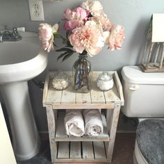 50 Beautiful Shabby Chic Bathroom Projects You Can Do Yourself For Your Apartment | Shabby Chic Bathroom Designs no. 1100 | #shabbychic #shabby_chic_bathroom