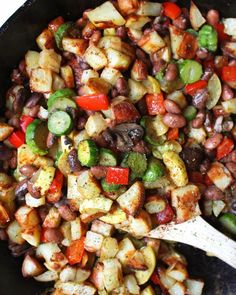 This vegan breakfast hash, full of potatoes and veggies, is made entirely in the oven, using only a baking dish and sheet pan!