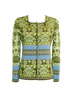 Oleana - Solveig Hisdal - Norwegian Sweaters Cardigan Knit - www.no I love the greens. Floral Cardigan, Knit Cardigan, Punto Fair Isle, Norwegian Knitting, Scandinavian Fashion, Fair Isle Pattern, Fair Isle Knitting, Pulls, Knitwear