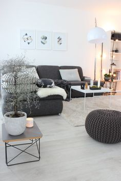 tolles wohnzimmer tannengrun optimale pic oder fadfaacfbcb sofa couch pouf