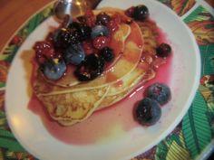 Pancake Breakfast with fruits! Pancake Breakfast, Fruit, Food, Chef Recipes, Cooking, Essen, Meals, Yemek, Eten