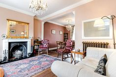 A beautiful 3 bedroom house on a lovely street in Belsize Park, close to Camden. Ideal for families and friends, this house has ample space and provides home-from-home comforts. The location is great with just a 9 minute walk to Chalk Farm tube station. Fitting up to 6 guests.