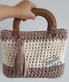 Marvelous Crochet A Shell Stitch Purse Bag Ideas. Wonderful Crochet A Shell Stitch Purse Bag Ideas. Crochet Waffle Stitch, Diy Crochet And Knitting, Crochet Shell Stitch, Bobble Stitch, Crochet Crafts, Crochet Hooks, Crochet Handbags, Crochet Purses, Crochet Market Bag