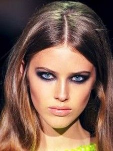 2000's makeup-- The smokey eye. This look has been a staple for women. It doesn't look good with concealer toned lips, contrary to popular belief.