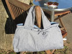 upcycling ideas: turn trousers into handbags