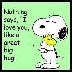 Snoopy Hug by pateachoux