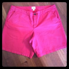 GAP size 16 shorts!! Great condition! GAP SIZE 16 Boyfriend shorts!! Length=18 1/2 inches..Inseam = 7 1/2 inches GAP Shorts