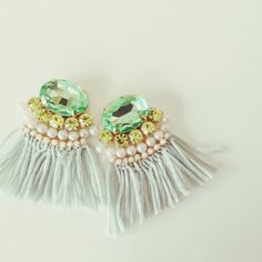 Bijou fringe earrings《グリーン》 | chouchou