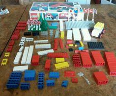 Job lot lego includes Basic Set no. 2 (incomp), car, flags & various