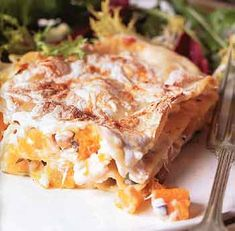 Butternut Squash and Hazelnut lasagna- add spinach, walnuts instead of hazelnuts