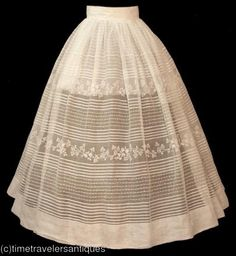First posted as an 1840s petticoat, but a very knowledgeable source suspects this is a sheer skirt.  I agree.