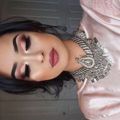 Beautiful look @robena_mua BROWS: #Dipbrow in Ebony EYES: Modern Renaissance Palette #modernrenaissance