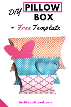 Making pillow boxes is easy and quick. Use this free pillow box template to create your own gift boxes. Decorate your pillow boxes or use patterned cardstock. Pillow Box Template, Diy Gift Box Template, Box Templates, How To Make Pillows, Diy Pillows, Cricut Tutorials, Cricut Ideas, Cricut Craft Room, Box Patterns