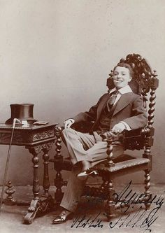"""""""Vesta Tilley, impersonating a foppish young man. Originally namedMatilda Alice Powles(1864 – 1952), she was the most famous and well paidmusic hallmale impersonator of her day."""""""