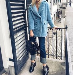 The latest fashion trends & style advice. See the best designer & high-street shopping catwalk fashion red carpet & celebrity style options for you.