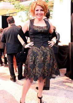 Marie-Chantal Perron portait une de ses créations de sa griffe Dandine au gala des Gémeaux