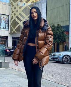 Moncler, Winter Jackets, Fashion, Winter Coats, Moda, Winter Vest Outfits, Fashion Styles, Fashion Illustrations
