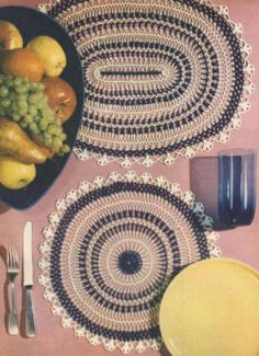 Table Setting Round & Oval Doily Placemats Vintage Hairpin Lace & Crochet Pattern for download
