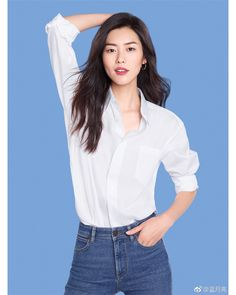Star Fashion, Fashion Models, Liu Wen, Victoria Secret Angels, Asian Beauty, Supermodels, Siwon, Autumn Fashion, Feminine