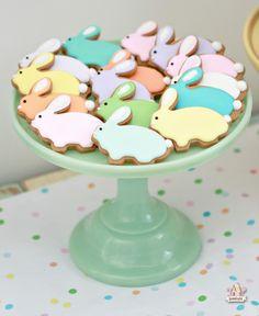 Lemon Cupcake Recipe & Bunny Cookie Pops   @Sweetopia