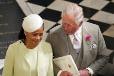 Meghan Markle's Mother Doria Ragland Takes Nanny Classes, Feeding Rumors Meghan Is Pregnant Meghan Markle Mom, Doria Ragland, Prinz Harry, Interracial Wedding, Prince Harry And Meghan, Her Style, Her Hair, Legs, Lifestyle