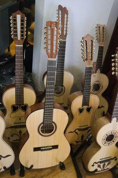 Boa tarde! Instrumentos tradicionais portugueses, encontra no Salão Musical de Lisboa. Venha visitar-nos www.salaomusical.com