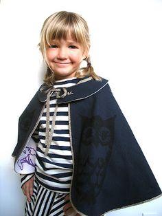 halloween costume + cape
