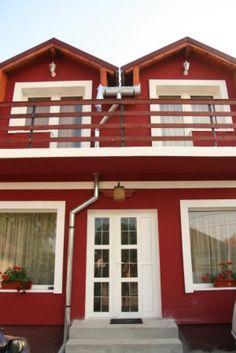 Pensiunea Casa Zmeilor < Pensiuni < Roportal.ro Portal, Houses